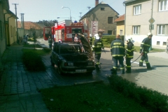 2009-09-01-požár auta Týnecká Grygov-06